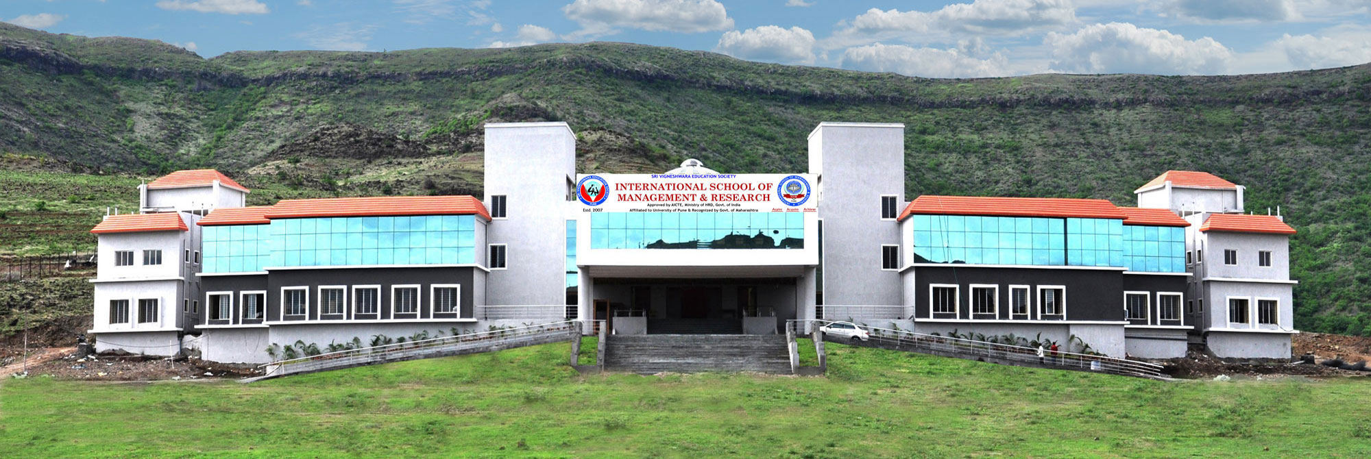 International School of Management & Research